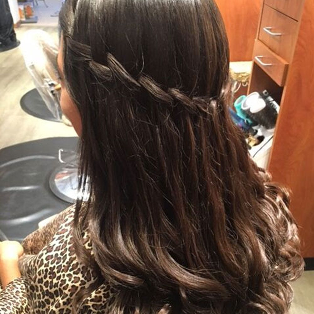 woman hair for prom